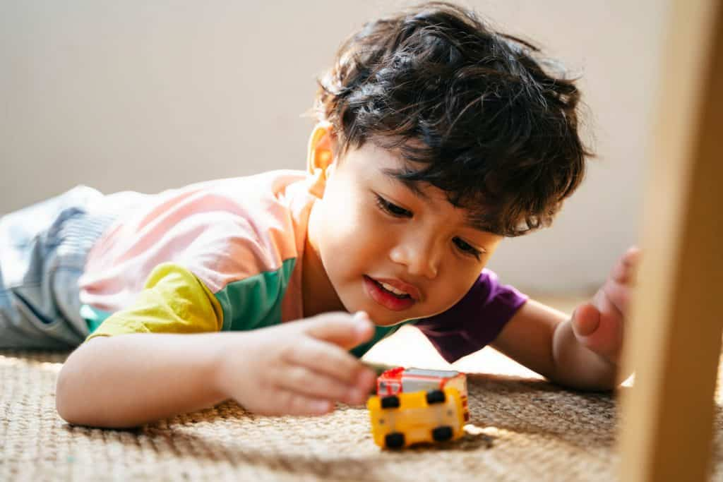 Playing kid-Pediatric Occupational Therapy